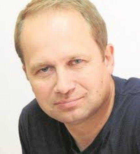Marek Adamkowicz